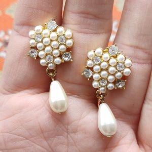 Vintage doorknock gold white pearls rhinestones